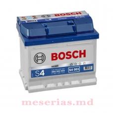 Аккумулятор 12V 44AH 440A Bosch S4 Silver 0092S40010
