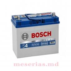 Аккумулятор 12V 44AH 440A Bosch S4 Silver 0092S40210