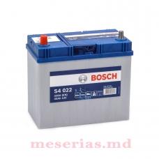 Аккумулятор 12V 45AH 330A Bosch S4 Silver 0092S40220