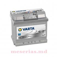 Аккумулятор 12V 52AH 520A Varta Silver Dynamic 552 401 052